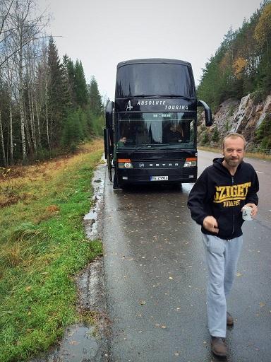 Guy walks it - Sweden (RH)